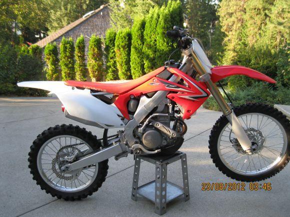 2010 HONDA CRF250R EFI (4-STROKE)*