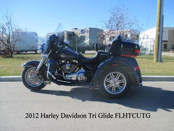 2012 Harley Davidson Flhtcutg Tri Glide Ultra Classic Review: 2012 HARLEY-DAVIDSON FLHTCUTG ULTRA TRI GLIDE