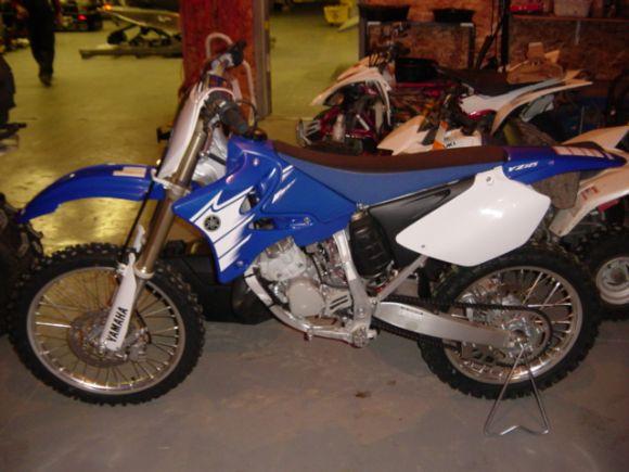 Yamaha Yz  Stroke