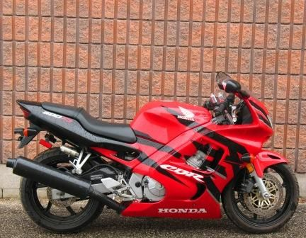 1998 Honda Cbr600f3