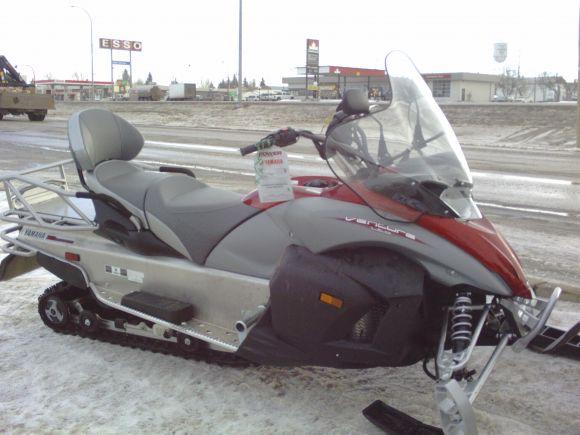 Yamaha Venture Snowmobile