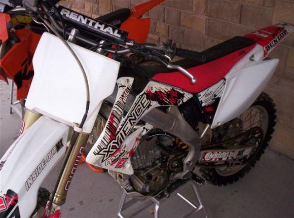 2007 honda crf250r  4 stroke